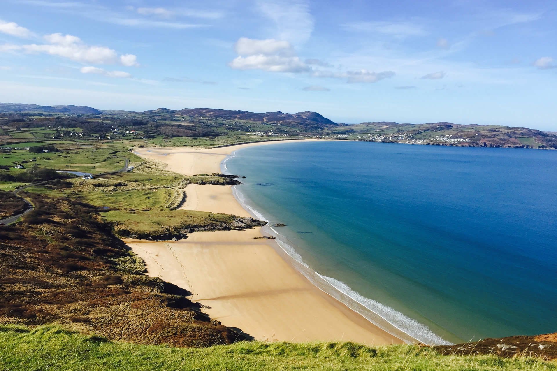 Enjoy breathtaking walks along Ballymastocker Bay. With blue flag status and voted the second most beautiful beach in the world
